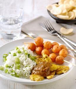 BBQ Ketjapkip en worteltjes-saté met Satésaus en rijst