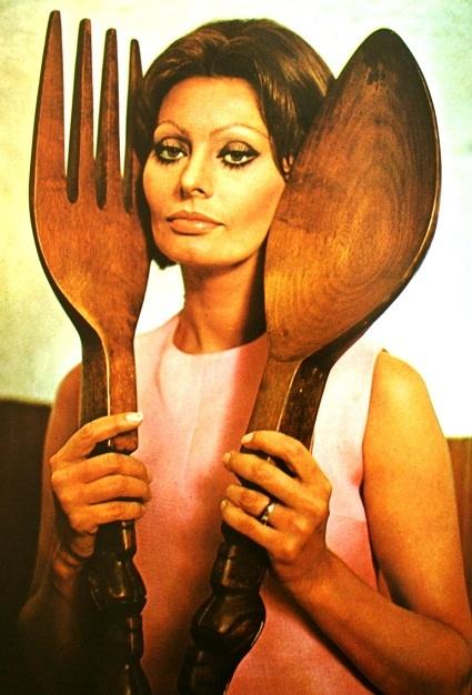 69 best * Sophia Loren images on Pinterest | Stunning women ...