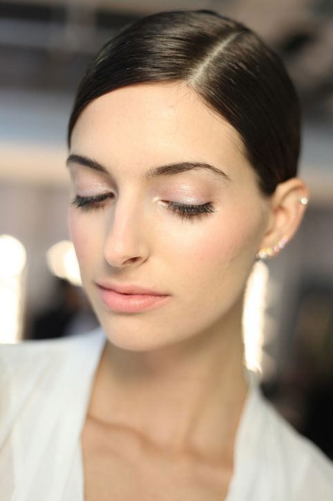 looks like we'll be wearing luminizer on our lids for spring - and i like it
