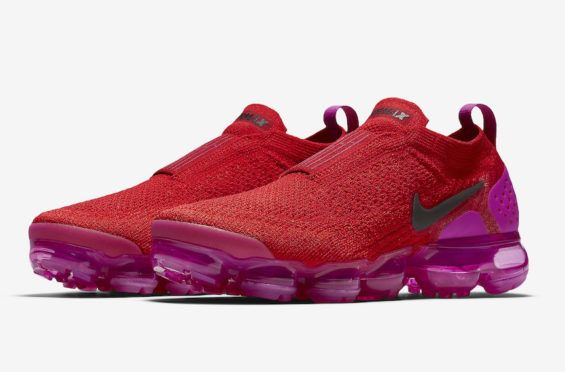 85fe97ba8b14 Release Date  Nike WMNS Air VaporMax Moc 2 University Red
