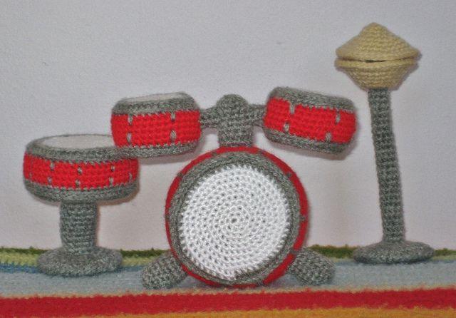 Drum kit by María Magnética, via Flickr