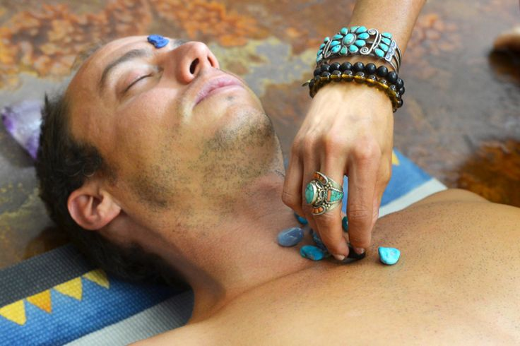 Learn Throat Chakra Healing with Crystals