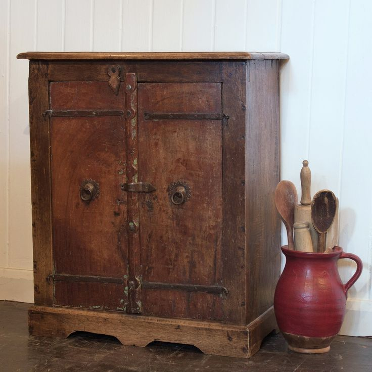 Very Vintage Shop in Edinburgh stock original rustic antique and vintage  furniture  Our timeless style of hand painted furniture is second to none. 8 best Craig and rose paint images on Pinterest   Contemporary