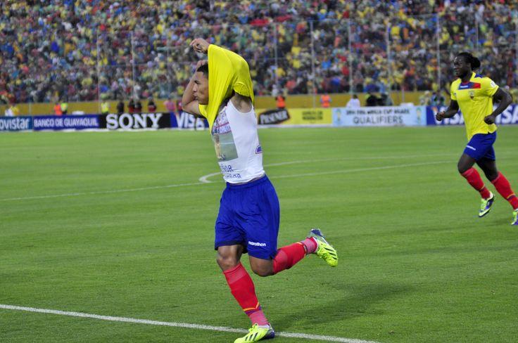 Montero festeja el gol conseguido ante Uruguay.
