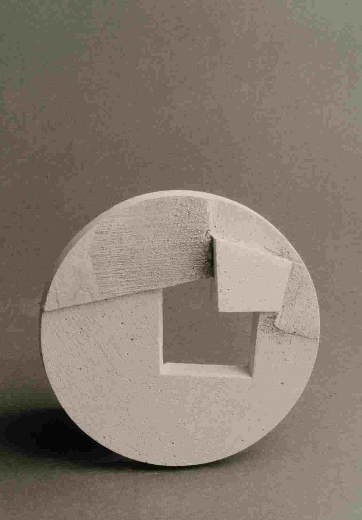 "2006.- ""Rompiendo el circle / Breaking the circle"". JORGE OTEIZA."