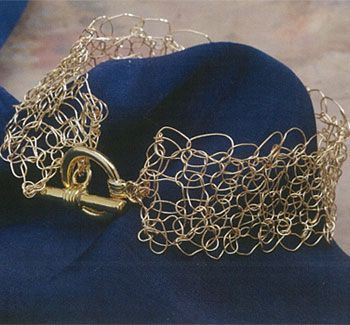Wire & Bead Crochet Jewelry Patterns: Free Crochet Necklace & Other Designs