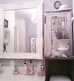 vintage french bathroom theme