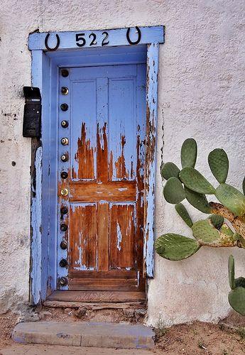 No. 522  with 13 door knobs from Tucson, Arizona