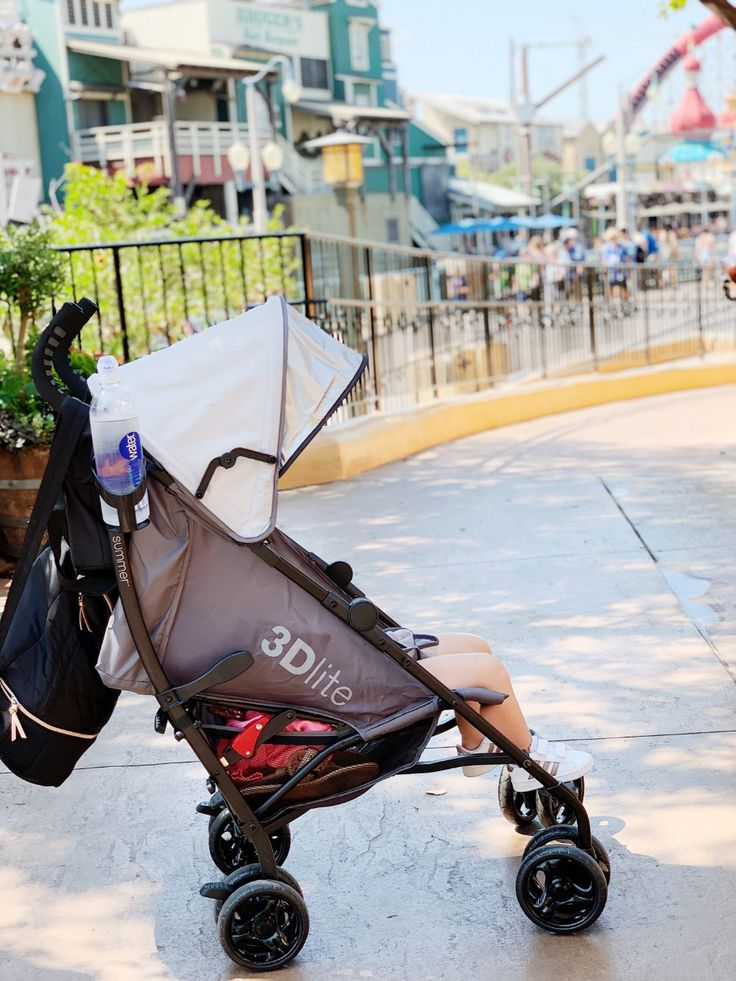 Our Review of the 3D Lite Travel Stroller Travel