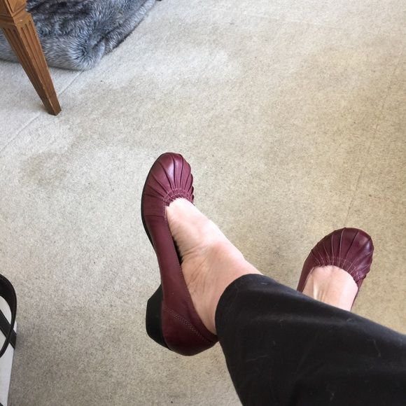 Taos burgundy shoes Cute (and incredibly comfortable) burgundy leather shoes. Great with jeans or casual work pants  Taos Shoes Flats & Loafers