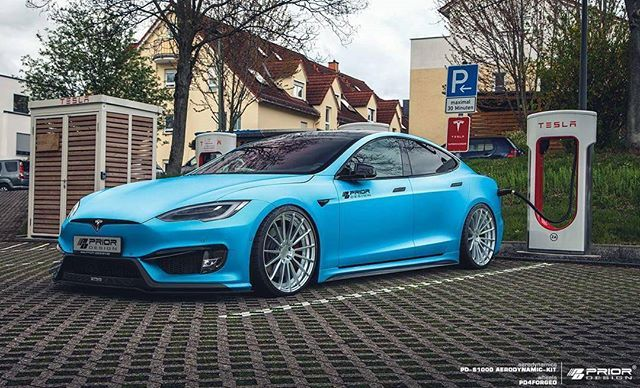 Baby blue Tesla S P100D recharging :) Prior-Design GmbH PD-S1000 Aero-Kit PD4Forged Prior-Design Wheels H&R Suspension #priordesign #PDS1000 #custom #tuning #exclusiveaerodynamics #madeingermany #bespoke #pd4forged #priordesignfelgen #priordesignwheels #hr_spezialfedern #tesla #modelS #bodykit #p100d #teamprior