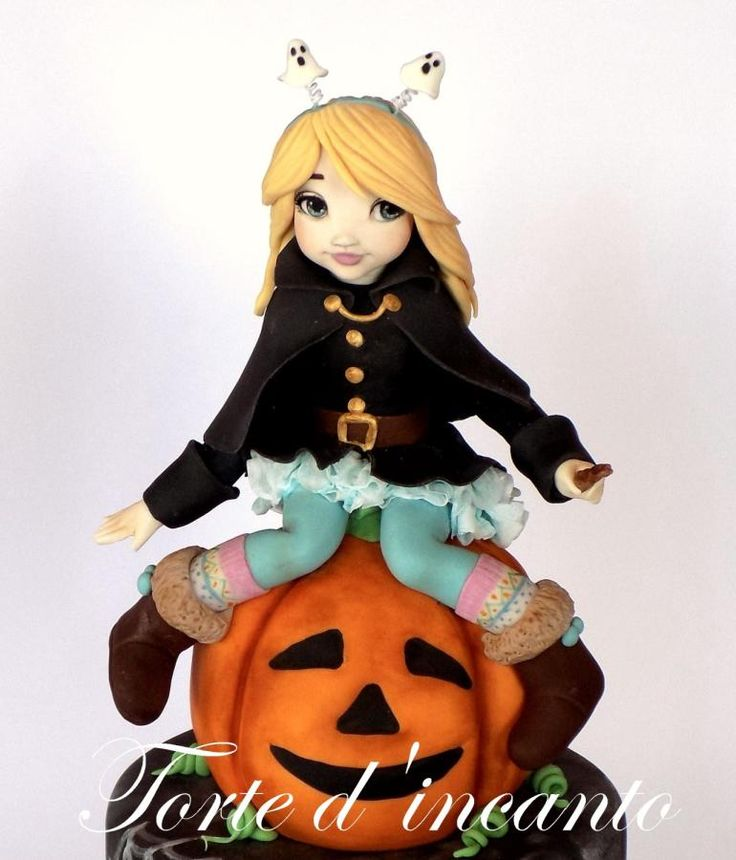 Halloween cake by Torte d'incanto