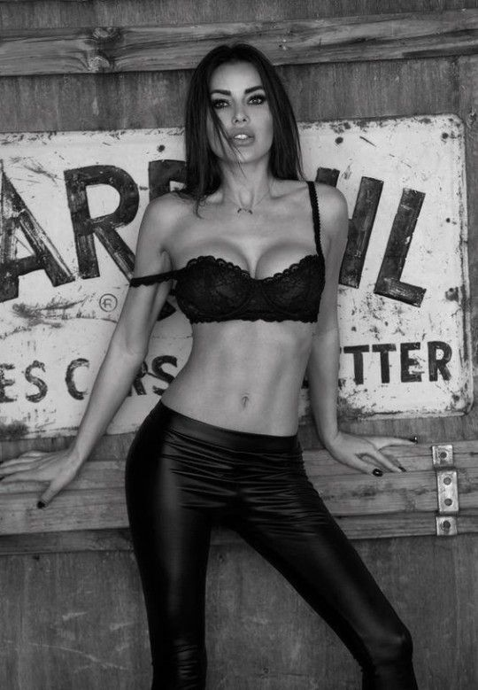 76 best It's just Rock and Roll Sexy images on Pinterest ...