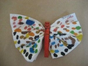 clothespin butterfly craft idea