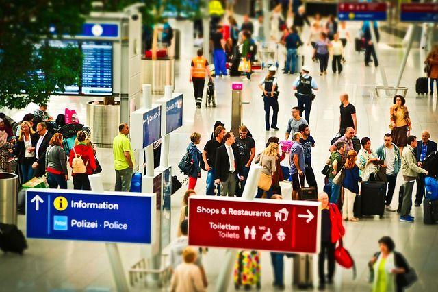 30 Istilah Penerbangan Yang Wajib Diketahui Sebelum Naik Pesawat