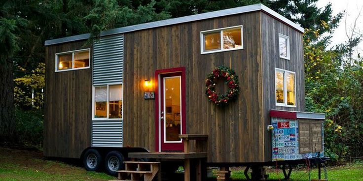 This Tiny Home's Kitchen Could Feed a Crowd. And then host an impromptu guest afterwards, if need be.