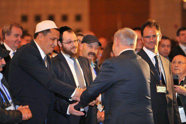 La censure d'Internet constitue le gros du plan adopté à l'issue du 5e Forum mondial pour la lutte contre l'antisémitisme, organisé par le gouvernement israélien au Palais des Congrès de Jérusalem du 12 au 14 mai dernier. Dans ce plan, publié sur le site du... #benyaminnetanyahu #censure #internet