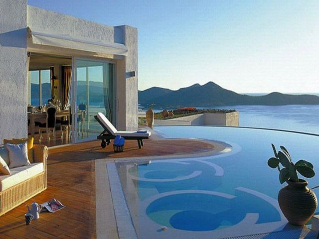 Elounda Gulf Villas & Suites 5 Stars luxury hotel villa in Elounda Offers Reviews