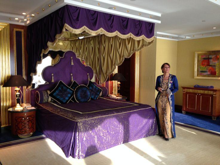 17 best images about burj al arab dubai 39 s sail shaped 7 for Design luxushotel dubai