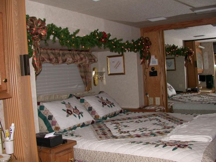 Bedroom The Room Place Bedroom Sets Classroom Door Decorations For Christmas Interior Design Kids Bedroom 1024x768
