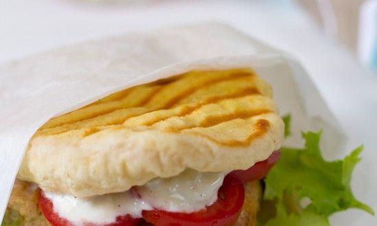 Recept naan burger kip en oregano - Es' Factory