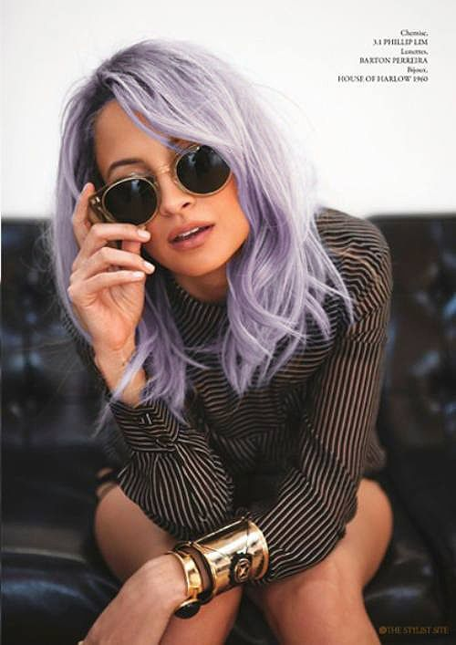 I love everything about this photo. I love Nicole Richie, her lilac hair, her shirt and glasses. Some great ideas for spring summer hair