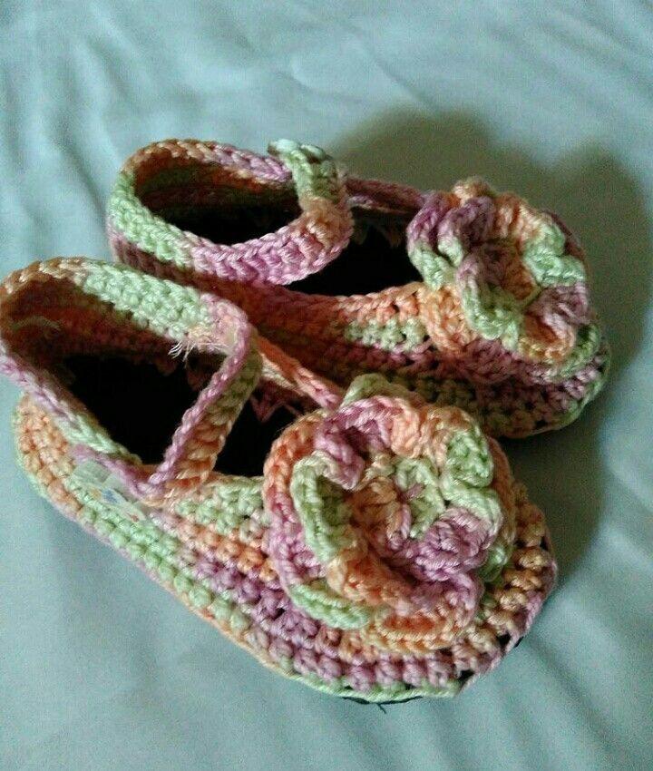 Baby girls shoes Crochet