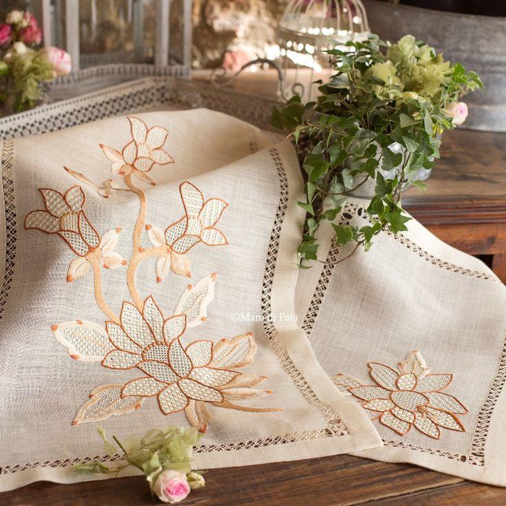 kit convenienza bisso di lino disegnato per centro grande medio e piccolo da fare a punti vari con girasoli