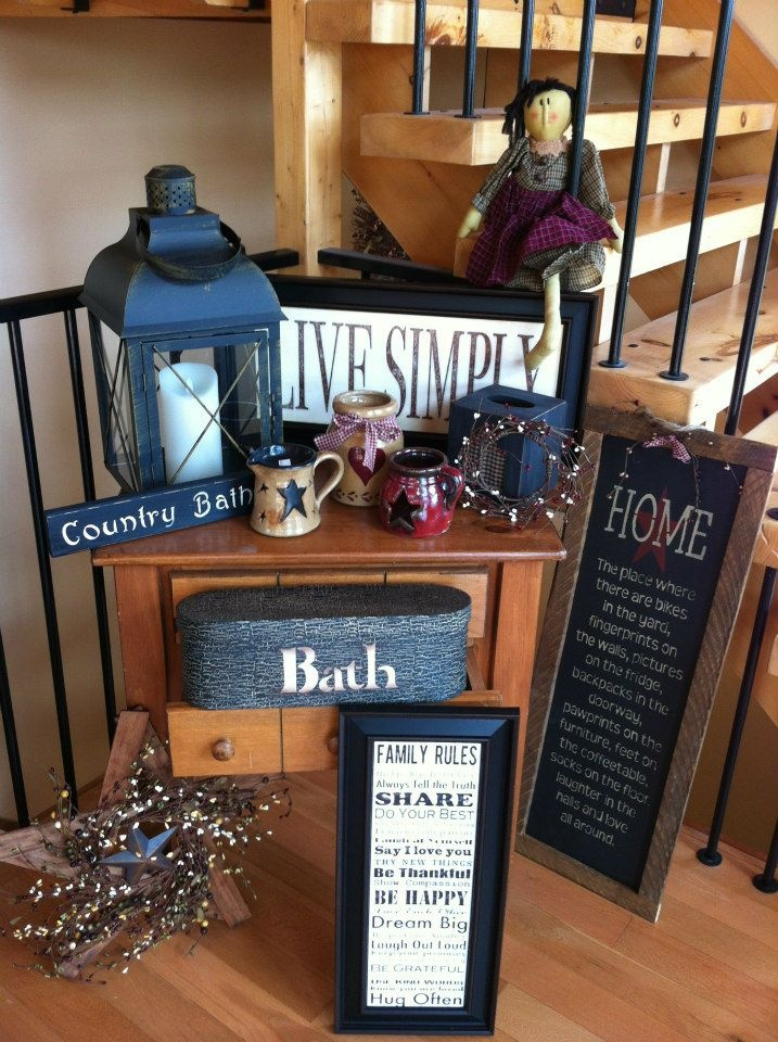 Lots of country decor!! Check out RUSTIC LOFT on Facebook!