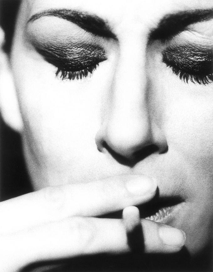 Anjelica Huston photographed by Robert Erdmann.