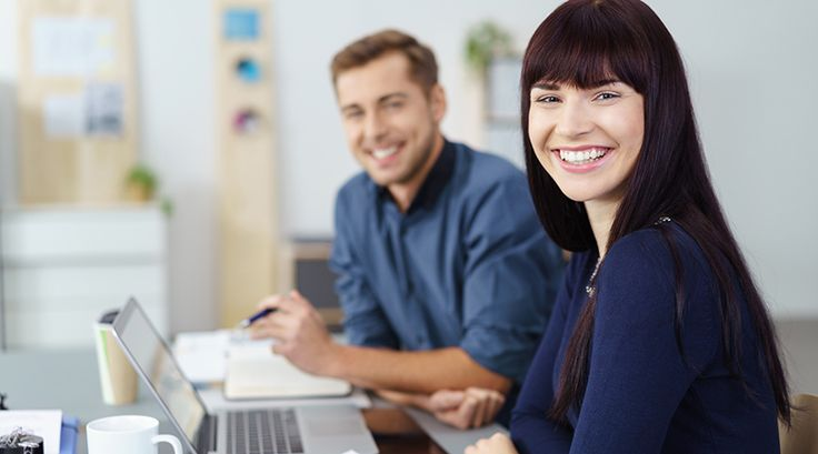Eine aktuelle Studie zeigt: Geregelte Arbeitszeiten gehören der Vergangenheit an