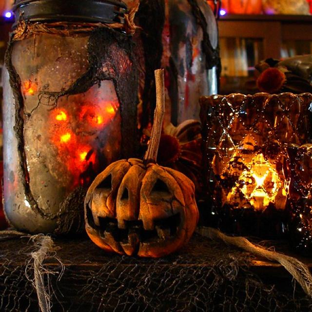 spooky pumpkinHalloween Stuff, Halloween Parties, Halloween Decor, Halloween Costumes, Halloween Pumpkin, Hallows Eve, Halloweendecor, Mason Jars, Halloween Ideas