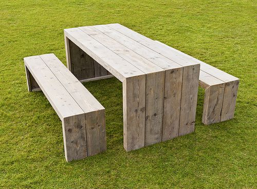 would love this as my picnic table for the patio