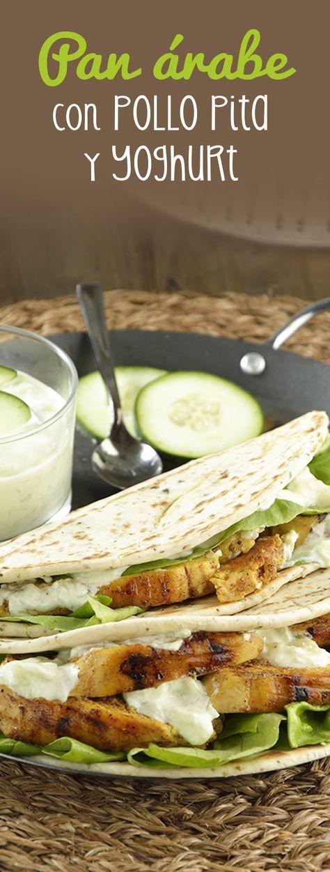 Prepara este saludable pan árabe relleno de pollo pita y Yoghurt griego. Es ideal si quieres una comida ligera y llena de sabor. Lleva una marinada con especias y una ríquisima salsa tzatziki con pepino.