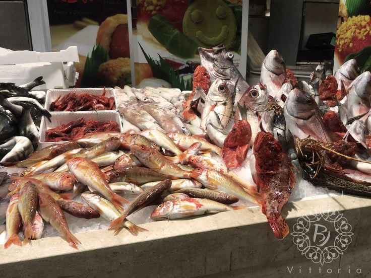 http://www.hotelbjvittoria.it #mercato #fisch #sea #italy #cucinaitaliana #Cagliari #Sardegna #love #dieta #mare #cibo #mercato #pesce #mare # Se ti piace la foto clicca su MI PIACE o condividi..... grazieee