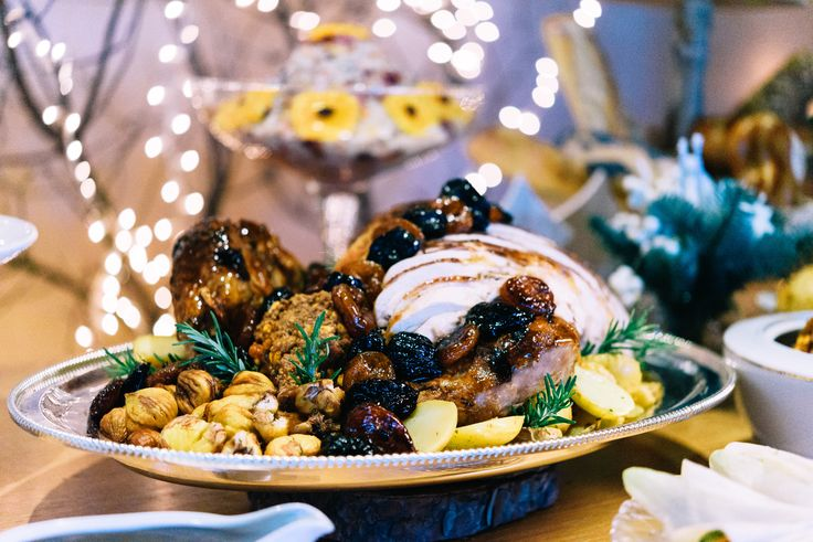 Christmas at Home by Aria Fine Catering   photo: Elias Kordelakos