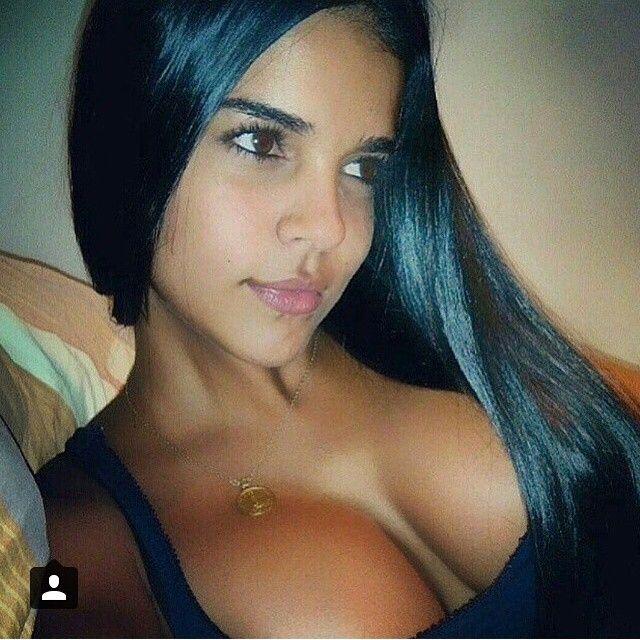 Daniela Baptista (@danielabaptistaoficial) • Instagram photos and videos