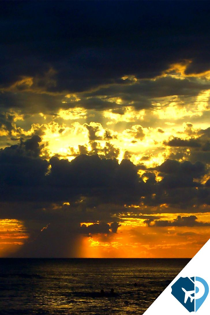 Mar de las Pampas (Buenos Aires) Exclusivo balneario aledaño a Villa Gesell, famoso por sus hermosas playas, inmersas en entornos de dunas naturales y bosques de eucaliptus, con amplias arenas doradas y suave oleaje, particularmente solitarias en comparación a otros balnearios de la provincia.