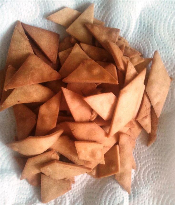 This tasty snack item is from  Indian- Gujarati. It is sweet and crispy bread. It is made with very few ingredients. Kids will love it.
