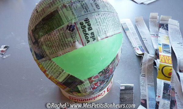 Oeuf de p ques d co en papier m ch bricolage pour - Bricolage en papier journal ...