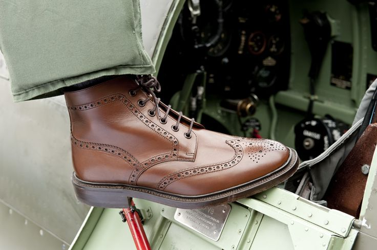 Herring Burgh brogue boot Photo courtesy of the Historic Aircraft Collection Ltd.