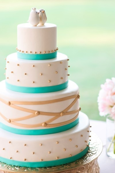 from southern weddings blog-love: Colors Combos, Gold Wedding Cakes, Simple Cakes, Wedding Blue, Cakes Toppers, Teal Wedding, Gold Accent, Gold Cakes, Southern Wedding