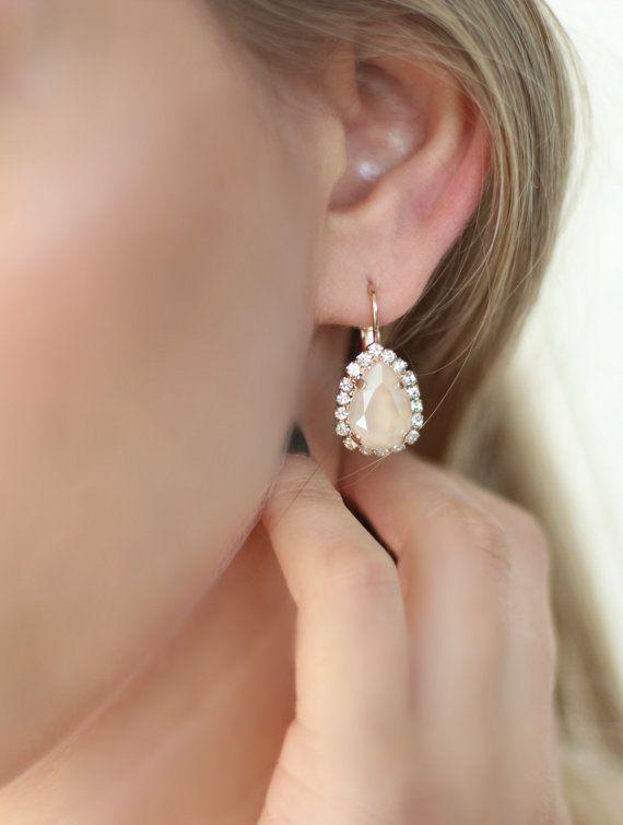 Ivoor Creme oorbellen met naakt ivoor bruids oorbellen door iloniti