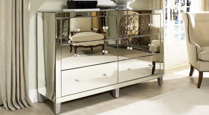 Espejos integrados en muebles