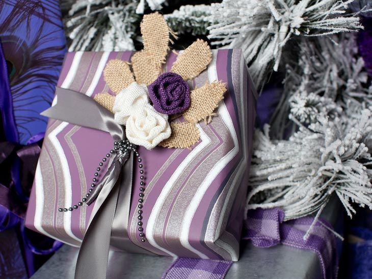 Фиолетовая палитра в новогоднем интерьере