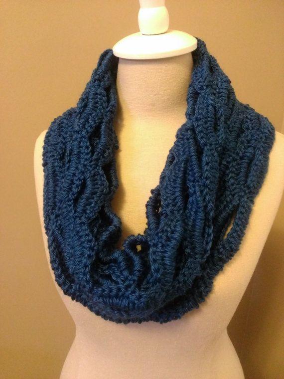 Crochet Pattern: Smile Cowl