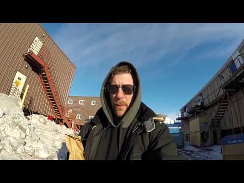 MITAKKA Travel :): How goes one day at McMurdo Station?