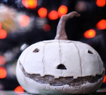 white pumpkin halloween