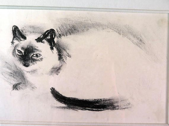 A very nice original drawing featuring a Siamese cat (or Birman cat / Burmese cat). Signed and framed, with a dedication in French on the back. In excellent vintage condition. Measures with frame: 16.7 x 11.8 inches (42,5 x 30 cm). Please do not hesitate to contact me for further information or pictures.  SHIPPING COSTS vary according to the destination and are not always exact based on the tarifs of the local postal service. In case you find them completely off, please contact me and I ...