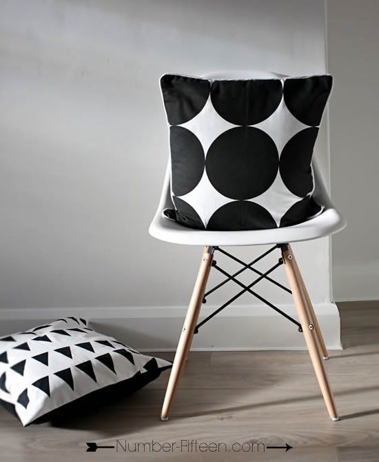 BLACK CIRCLE CUSHION COVER - Number Fifteen
